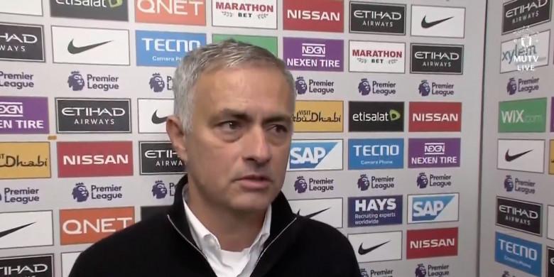 Jose Mourinho Resmi Hengkang Dari United