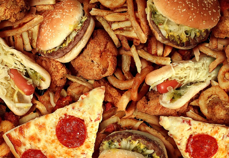 Suka Dengan Makanan Junk Food? Berikut Dampak Buruk yang Harus Anda ketahui